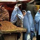 Aghan-women-market