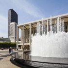 Met-Opera-fountain