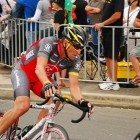 Armstrong-biking