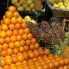 Oranges-at-grocers