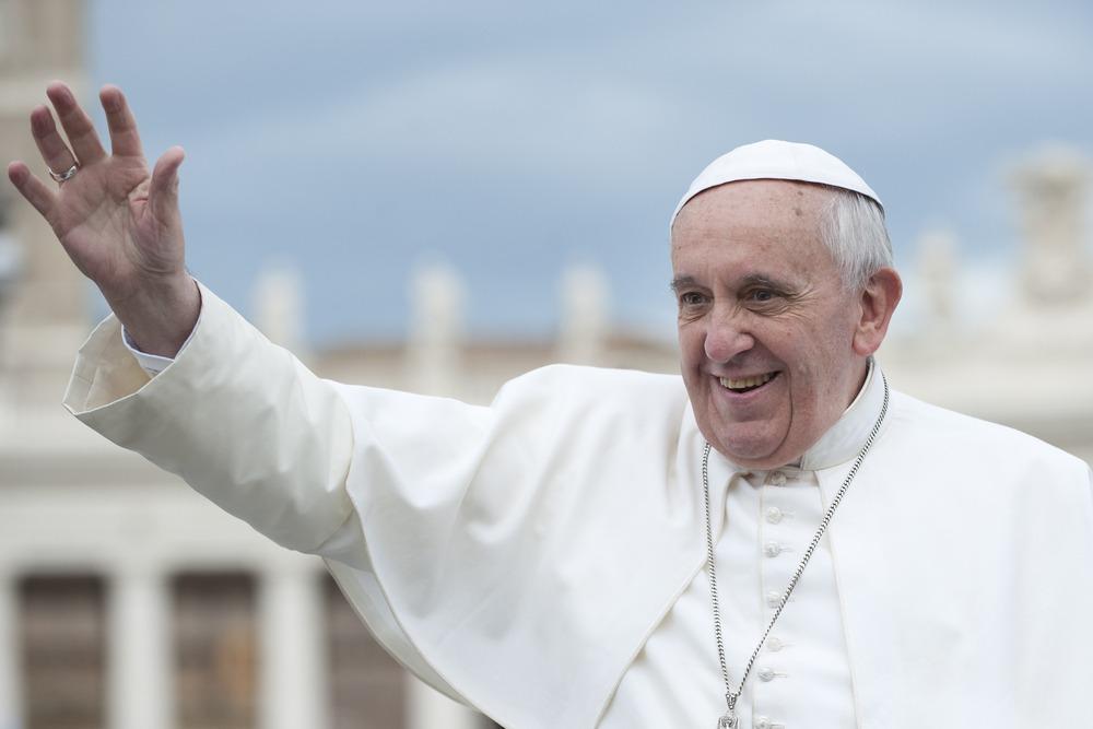 Waving-Pope