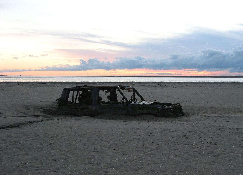 Sinking-car