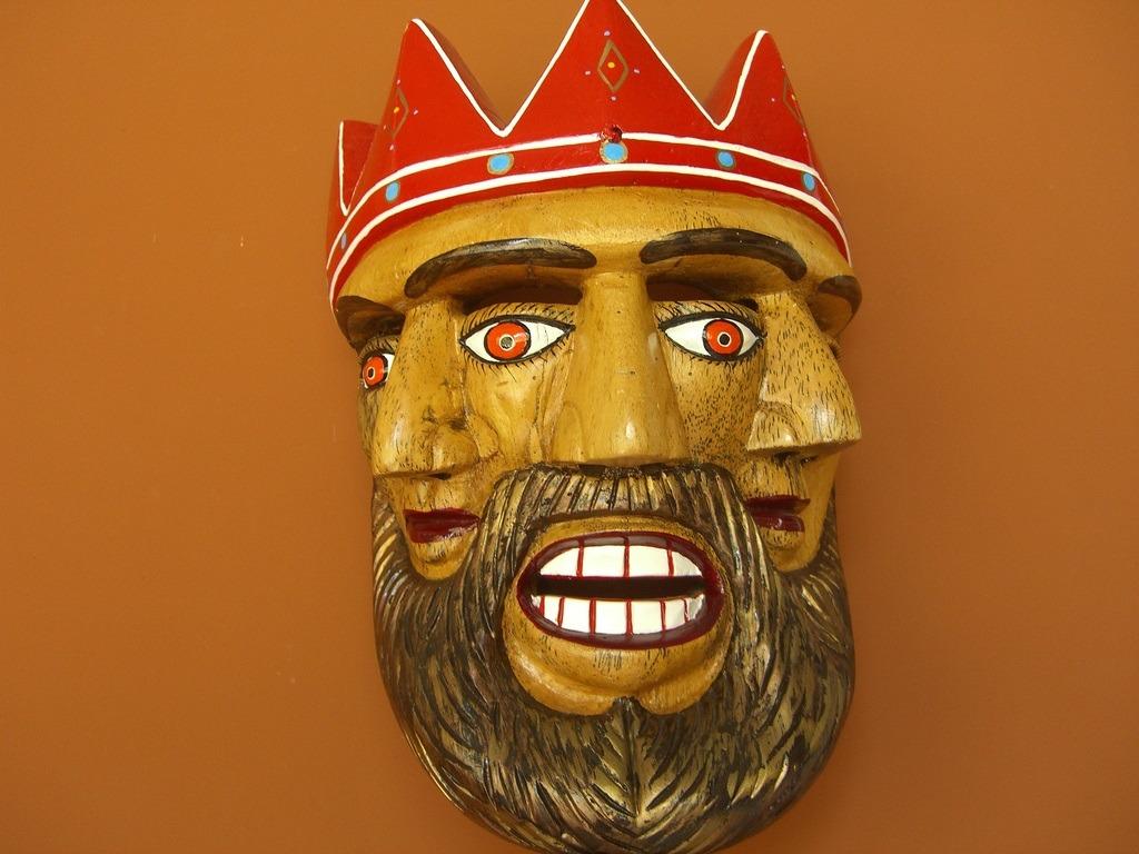 Three-headed-king
