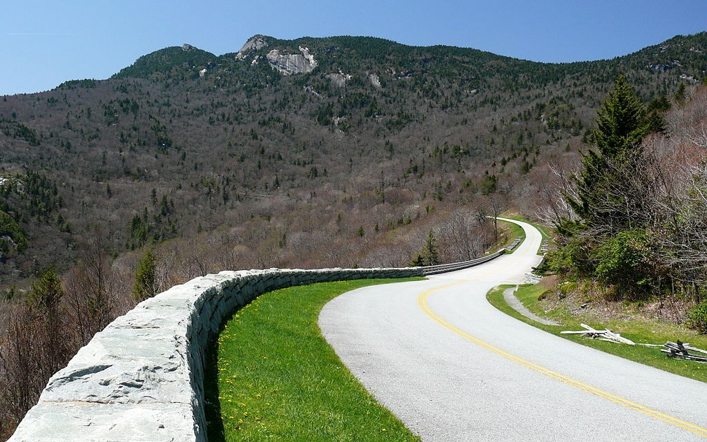 Blue-Mtn-Parkway