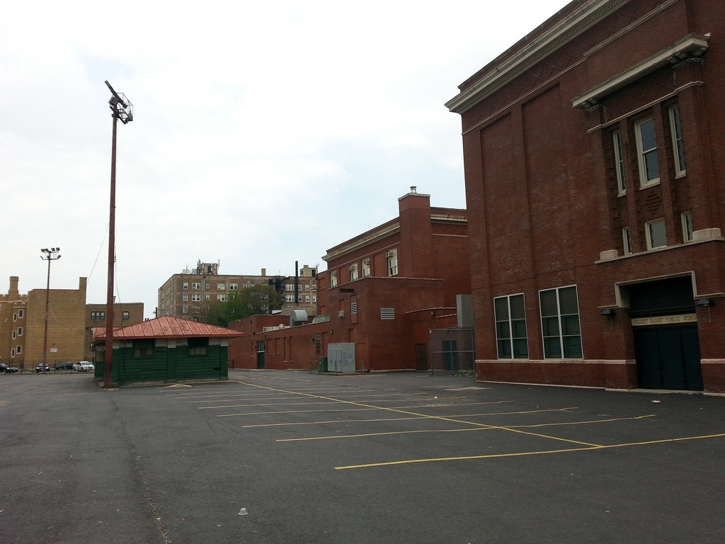 Chicago-closed-school