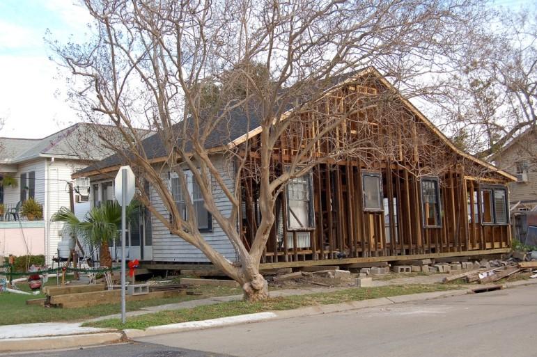 Rebuilding-homes-NOLA