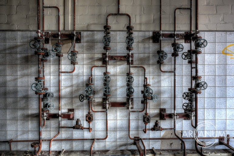 Pipes-valves