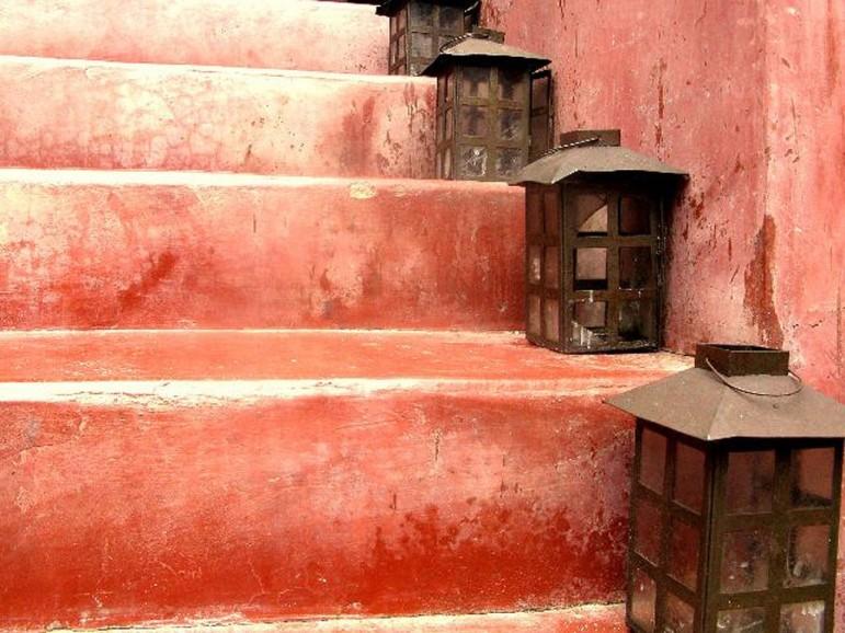 lantern-stairs