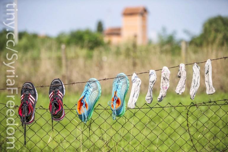 Syria-refugee-shoes