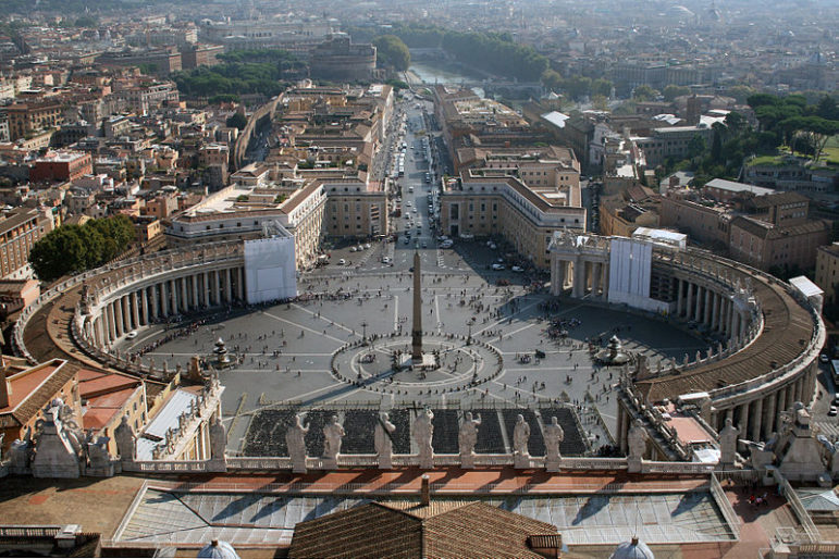 Place_Saint-Pierre_-_Vatican_(1)