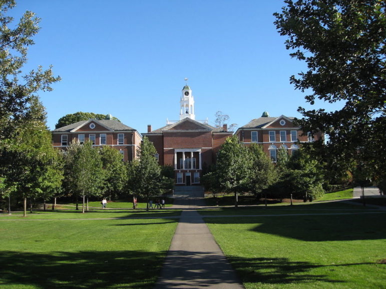 Phillips_Exeter_Academy_building1