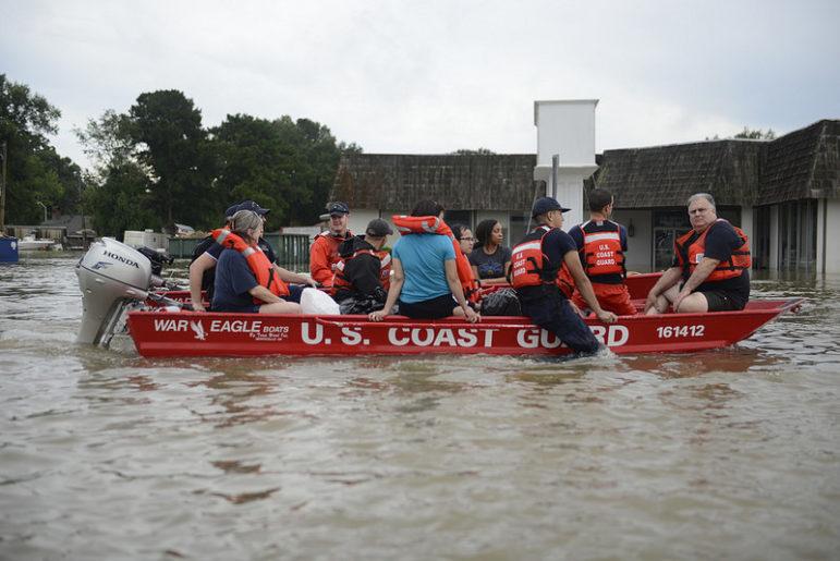 Baton-Rouge-flooding-Coast-Guard