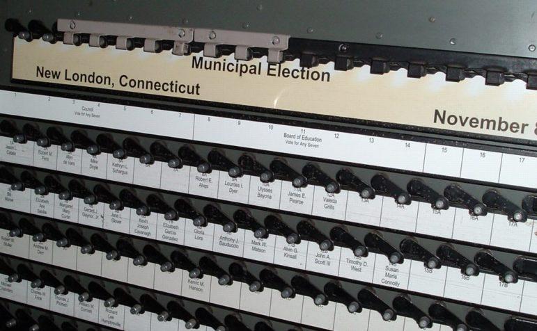 New_London_Voting_Machine
