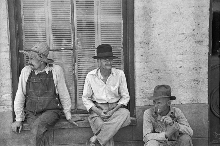 frank_tengle_bud_fields_and_floyd_burroughs_cotton_sharecroppers_hale_county_alabama