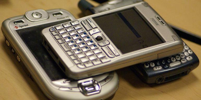old-smartphones