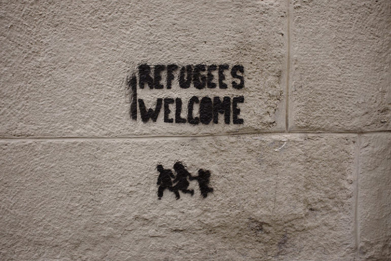 refugees-welcome-grafitti