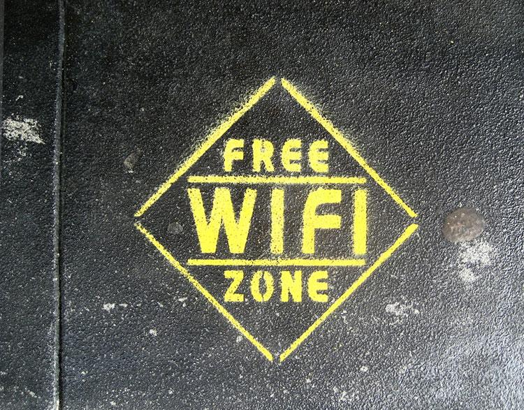 free-wifi-zone-grafitti