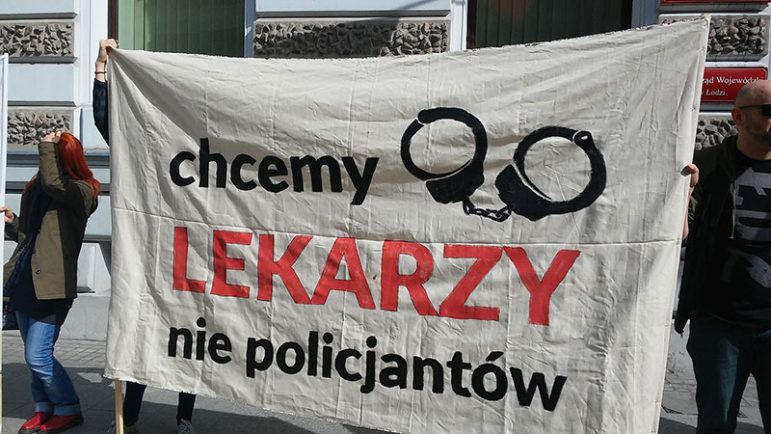 protest_against_changes_in_abortion_law_in_poland_partia_razem