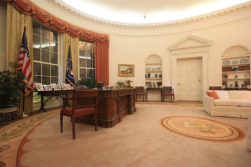 Conflicts of interest the presidency and the candidates Oval office decor by president