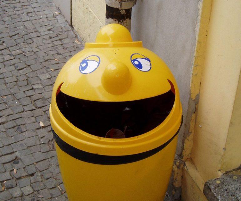 happy-garbage