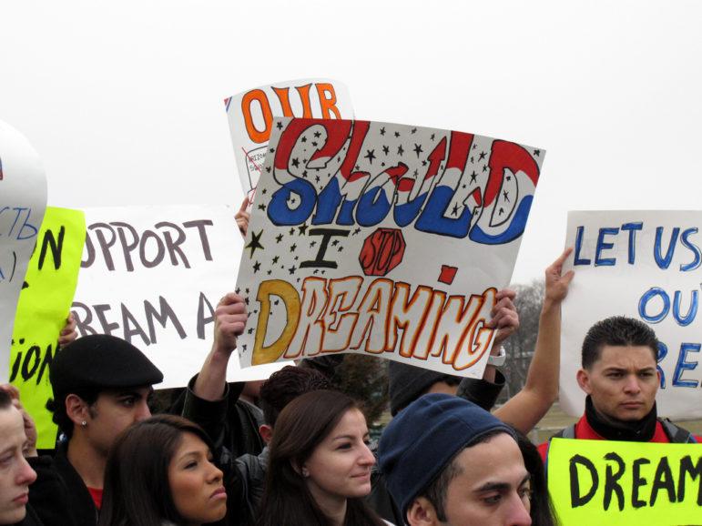 undocument-immigrant-protest