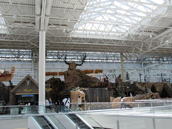 The Nonprofit Finance Story behind Mall of America's Waterpark of Dreams
