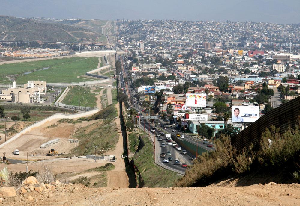Border Patrol Ignores Asylum Laws, Sends Migrants Back to Mexico
